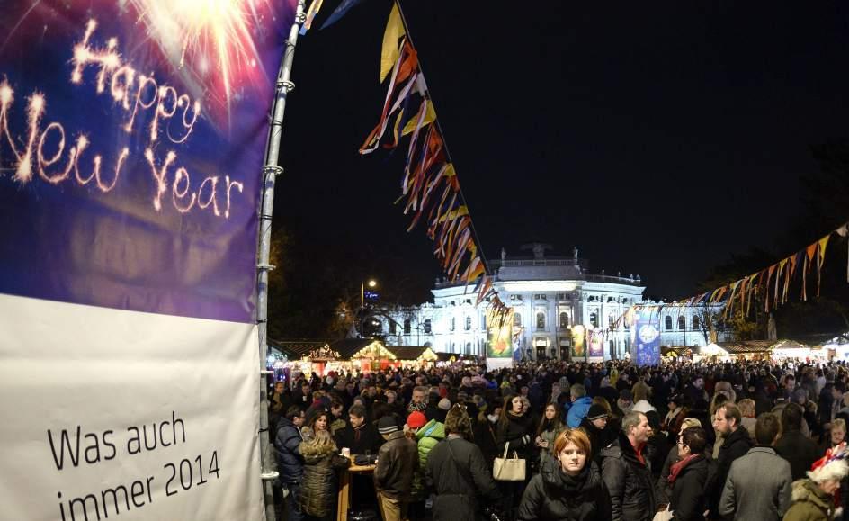 153148 944 579 صور احتفالات مدن العالم بالعام الميلادي الجديد 2014 صور العاب نارية من حول العالم