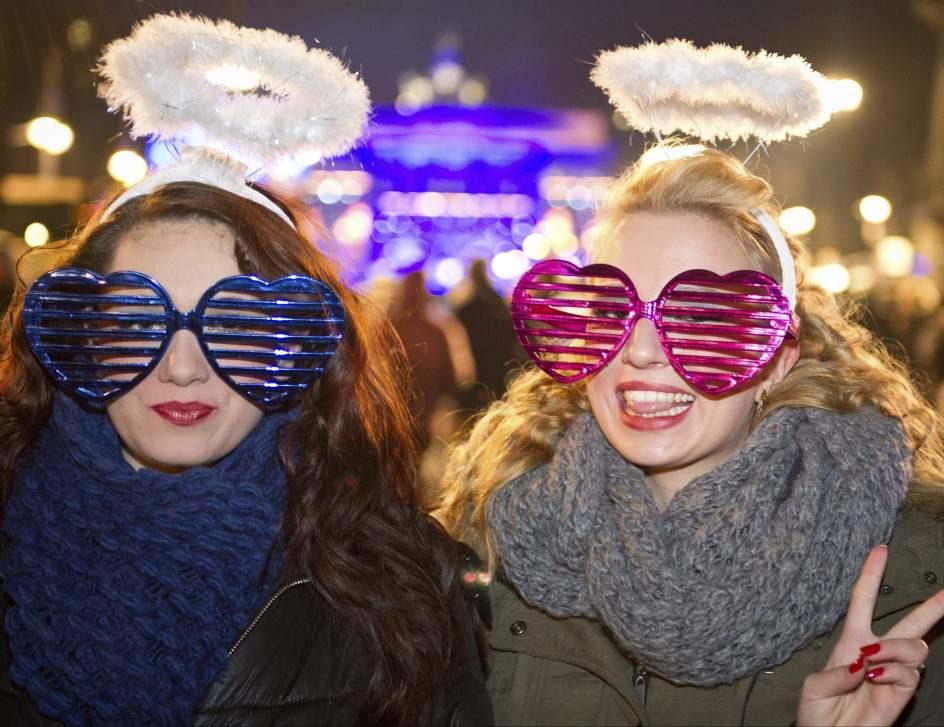 153149 944 727 صور احتفالات مدن العالم بالعام الميلادي الجديد 2014 صور العاب نارية من حول العالم