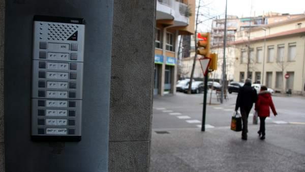 Entrada a un edifici a Girona