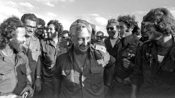 El exprimer ministro israelí Ariel Sharon fallece a los 85 años