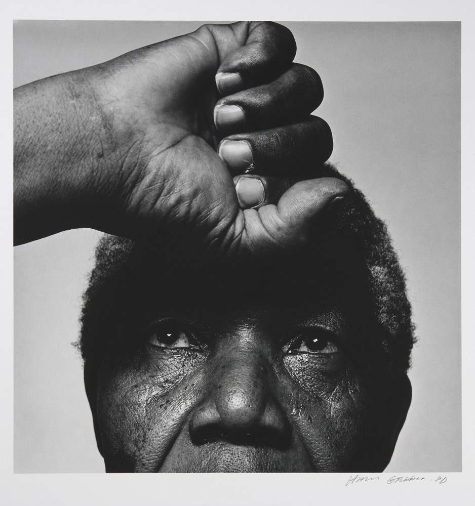 'Nelson Mandela', 1990. Nelson Mandela retratado en 1990 por Hans Gedda, uno de los retratos de la exposición