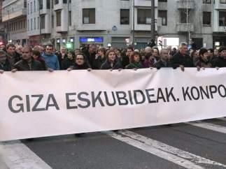 Cabecera de la protesta en Bilbao
