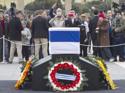 El féretro de Ariel Sharon en Jerusalén