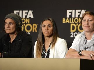 Las tres mejores futbolistas