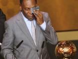 Pelé, premiado por el mundo del fútbol