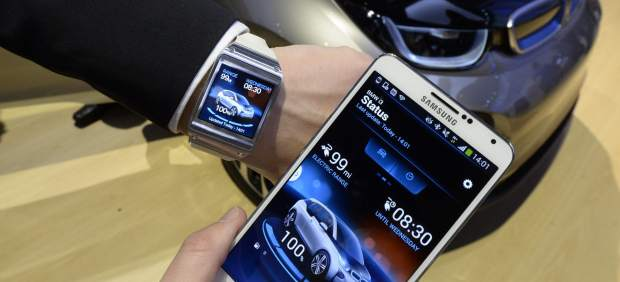 Relojes, pulseras, gafas 'inteligentes'... ¿Se abusa del término 'smart' o son tan listos?