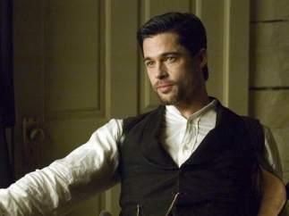 Brad Pitt se vuelve moreno