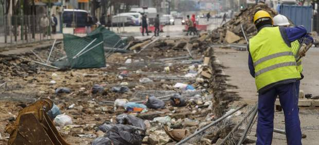 Escombros en el barrio de Gamona.
