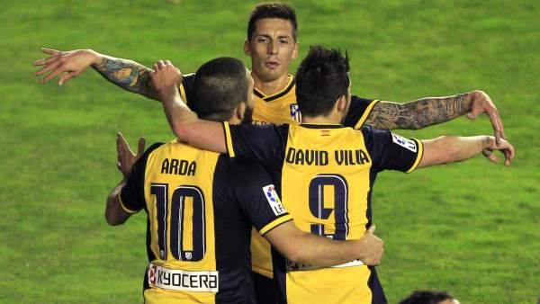 Arda Turan, Villa y Jose Sosa