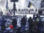 Contin�an las barricadas