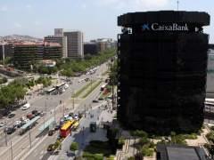 El juez avala la comisión que CaixaBank cobró a los no clientes