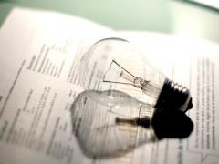 El recibo de la luz bajará en mayoen torno a un 4% respecto a abril