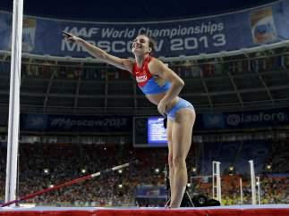 Yelena Isinbayeva saluda al público