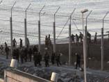 Quince inmigrantes mueren intentando entrar en Ceuta