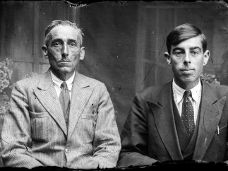 Doi bărbați (ca_20140123_004)