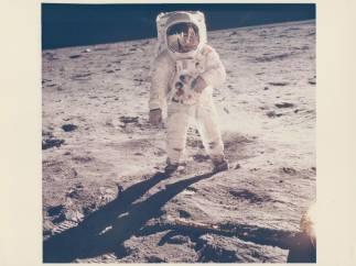 'Buzz Aldrin's visor reflects Armstrong'. 'Apollo 11'. July 1969