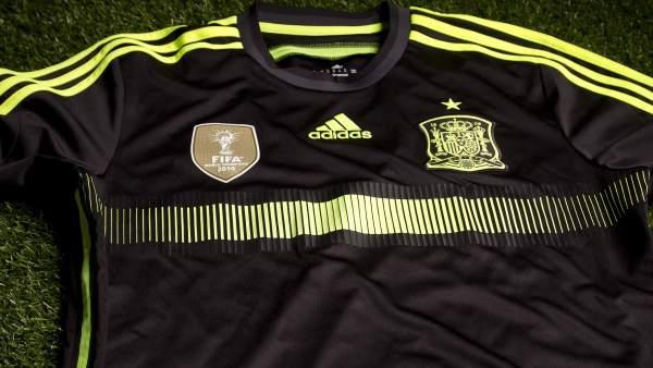 Segunda equipación de España para el Mundial de Brasil. Segunda equipación  que lucirá la selección española de fútbol ... 5ab3e6dcbc2de