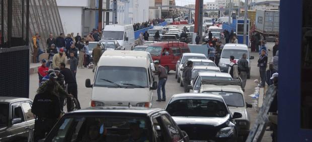 Cierran la frontera de Melilla por el intento de entrada de decenas de refugiados sirios