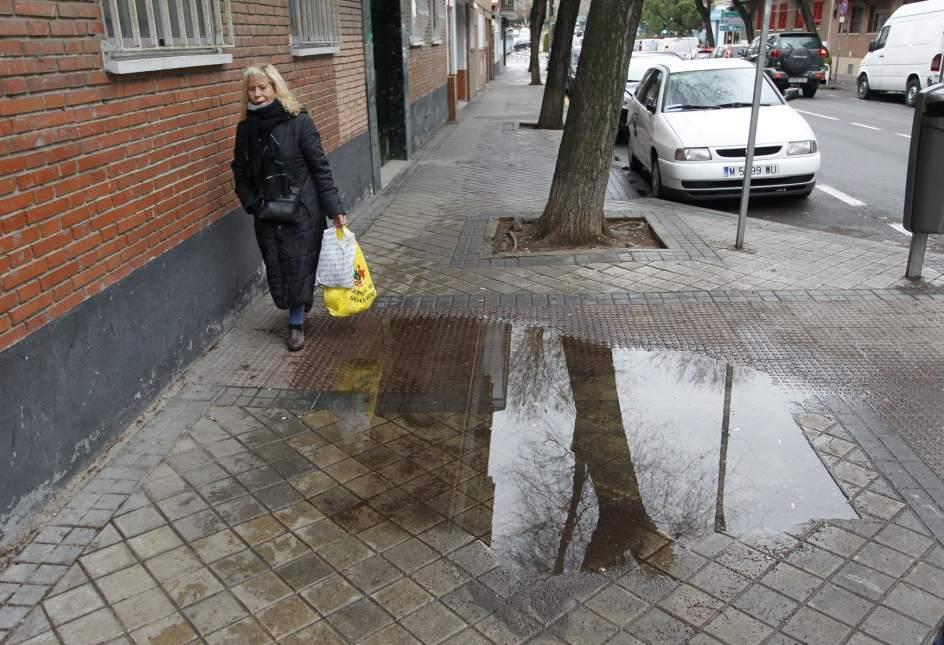 El plan de madrid para arreglar aceras deja fuera a - Pavimentos para aceras ...