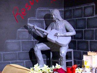 Estatua de Kurt Cobain en Aberdeen