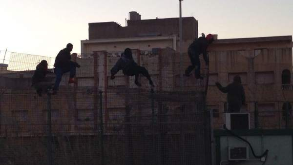 Salto a la valla en Melilla