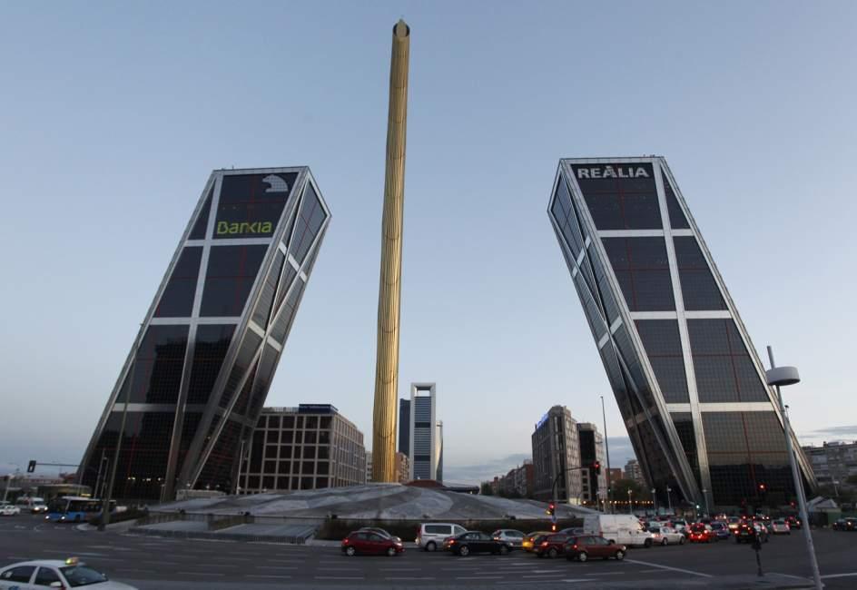 Calatrava las sombras del arquitecto que cautiv al mundo - Torres kio arquitecto ...
