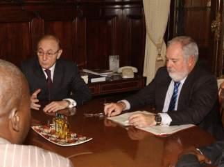 El embajador en el Congo y Arias Cañete
