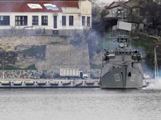 Buques de guerra en Crimea