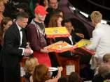 La entrega de la pizza en los Oscar.