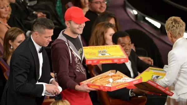 El repartidor de pizza de los Oscar recibió una propina de unos 725 euros
