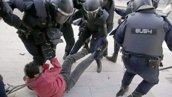 Carga policial en Santiago
