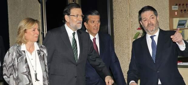 """Rajoy pide """"un acuerdo entre los periódicos y los grandes agregadores de noticias"""""""