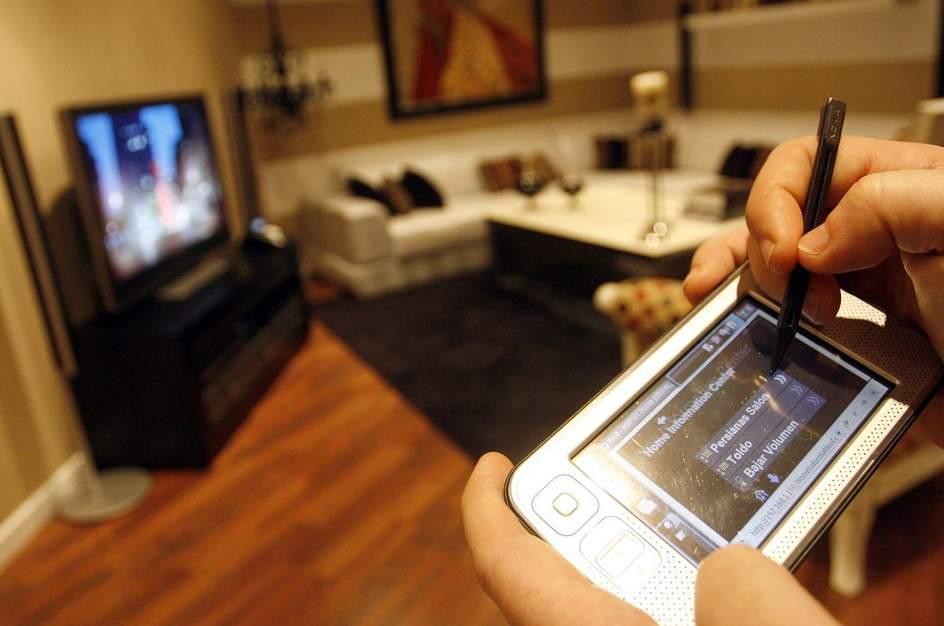 controlar los del hogar desde el mvil es ya una realidad archivo