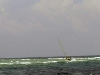 Dos heridos en un velero que navegaba frente a Filipinas