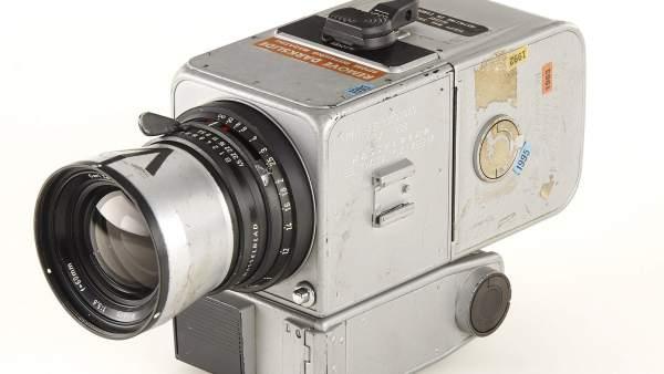 Subastada en Viena la única cámara que ha estado en la luna por 660.000 euros