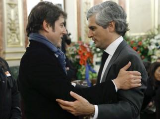 Manel Fuentes da el pésame al hijo de Suárez