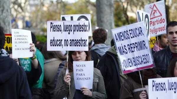 'Pienso, luego protesto'