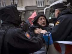 Rechazan que sea delito que la Policía golpee a fotoperiodistas