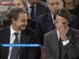 Aznar y Zapatero en el funeral de Suárez