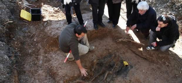 Los restos de Nicomedes Fernández, en la fosa común de El Álamo