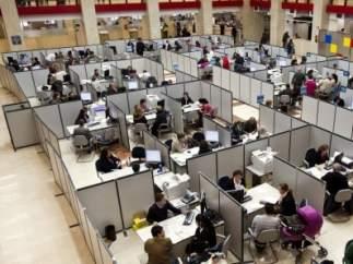Gobierno y sindicatos ultiman la mayor oferta de empleo público desde que empezó la crisis