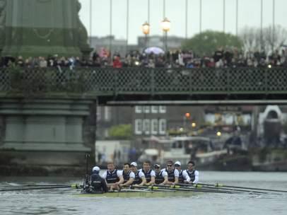 Remeros de Oxford en la 'Boat Race'