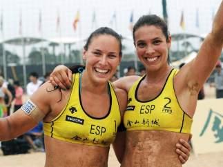 Liliana Fernández (izda.) y Elsa Baquerizo