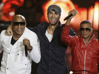 Enrique Iglesias triunfa en la noche de los Billboard