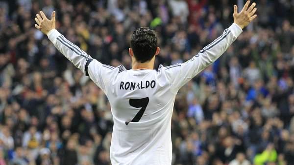 Se brinda al público del Bernabéu