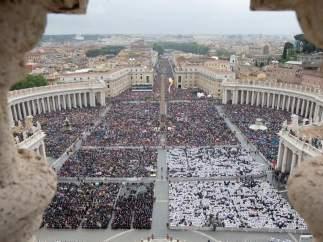800.000 personas en el Vaticano