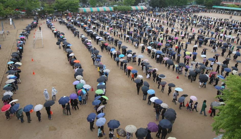 Corea del Sur se vuelca con las víctimas del Sewol