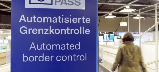 CE propone relajar los motivos para reintroducir visados a terceros países como Turquía