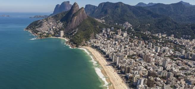 Vista aérea de la playa y el barrio de Ipanema