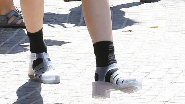 0389d47a3 Plataformas en zapatillas y sandalias